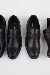 つま先がスリムなデザインの男性正装靴 Danny