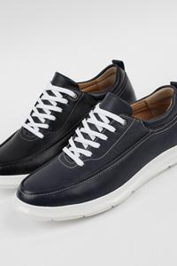 様々なコーデにぴったりな男性靴!Blanche