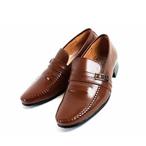 ベーシックなデザインだから流行に左右されず長く履ける! Mbio