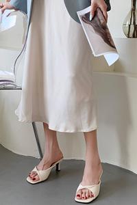 韓国で大流行中!ねじりデザイン 高級感プラス 女性ミュールサンダル Paris